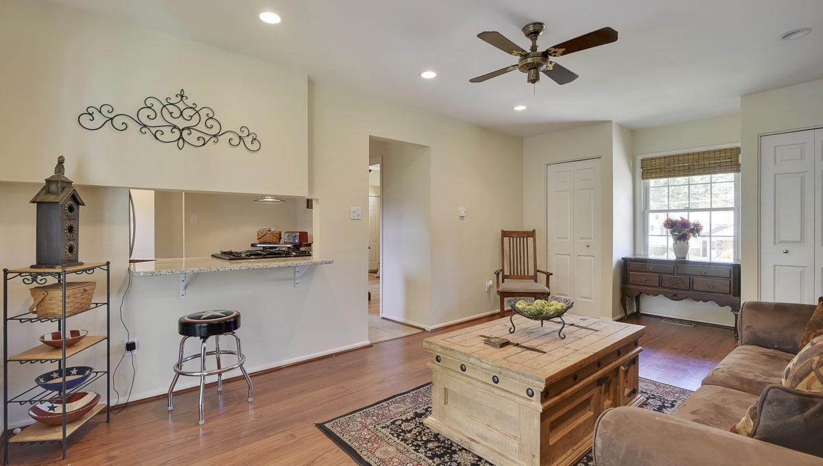 Main Level-Family Room-_HAA2476