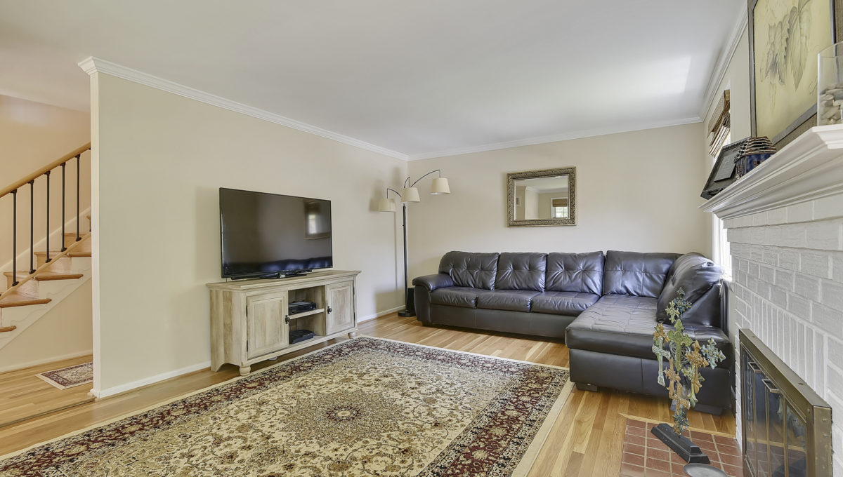Main Level-Living Room-_HAA2546