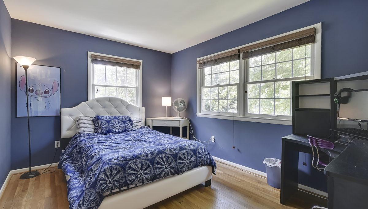 Upper Level-Bedroom-_HAA2611