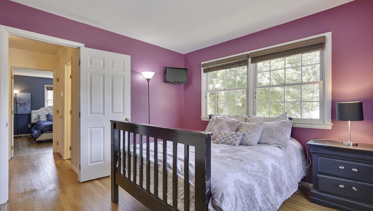 Upper Level-Bedroom-_HAA2626