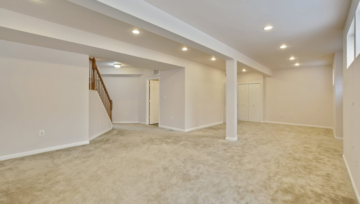 Lower Level-Recreation Room-_99A6947