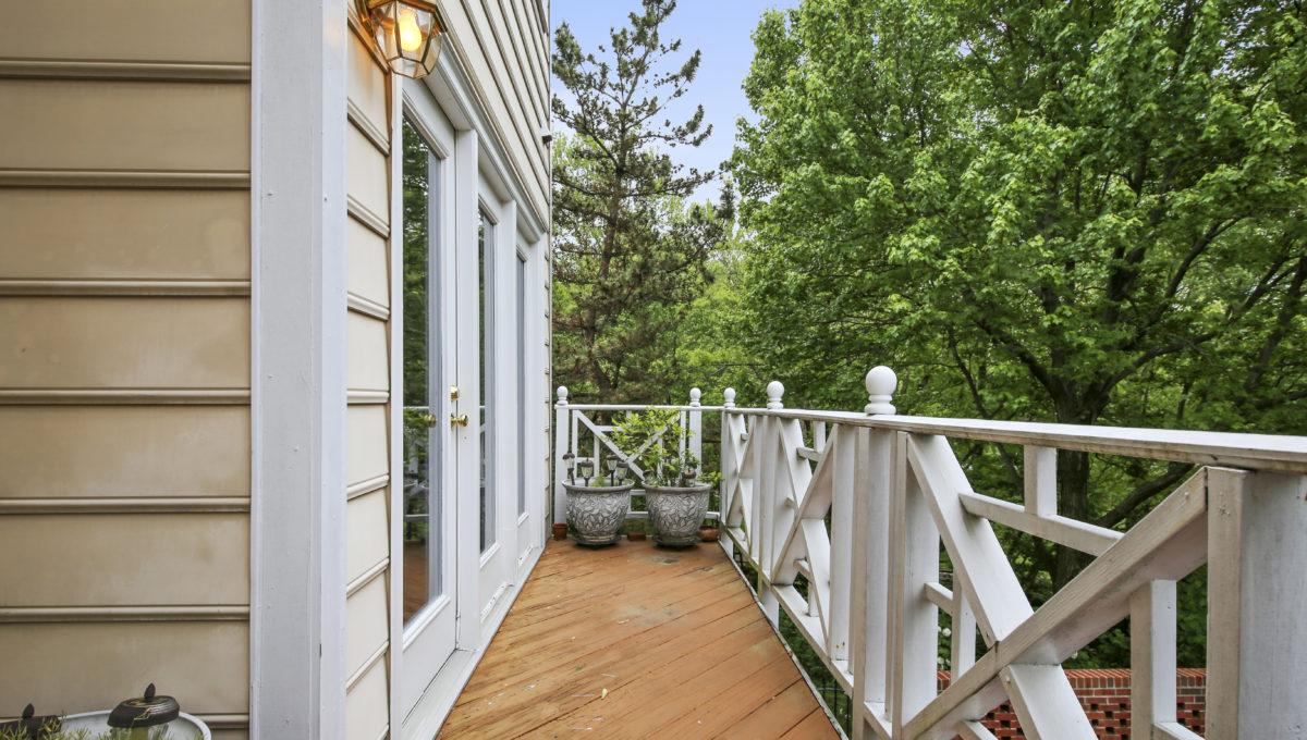 Main Level-Balcony-IMG_6921