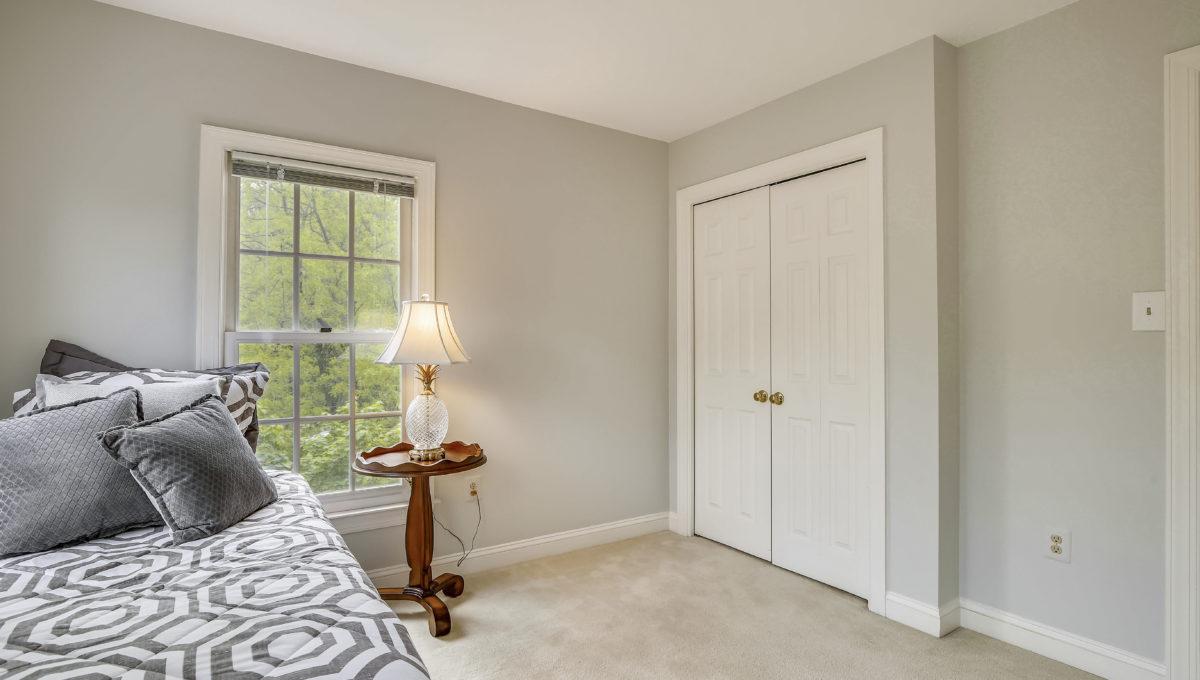 Upper Level 1-Bedroom-_MG_6771