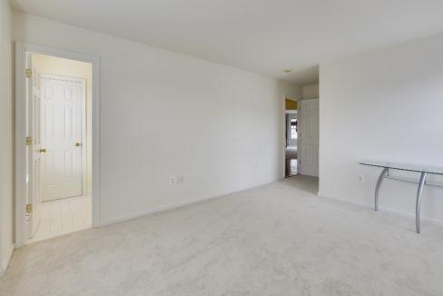 Upper Level-Bedroom-_99A6837