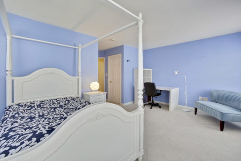 Upper Level-Bedroom-_99A6877