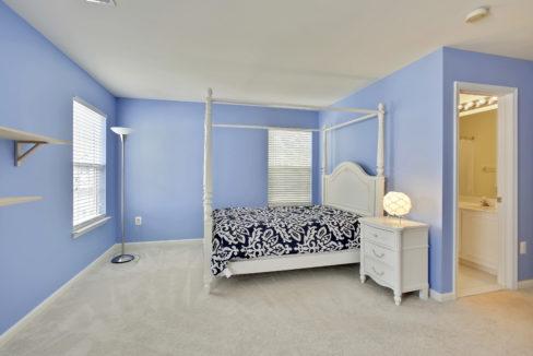 Upper Level-Bedroom-_99A6882