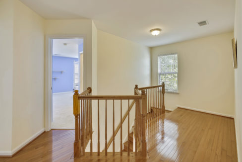 Upper Level-Hall-_99A6727
