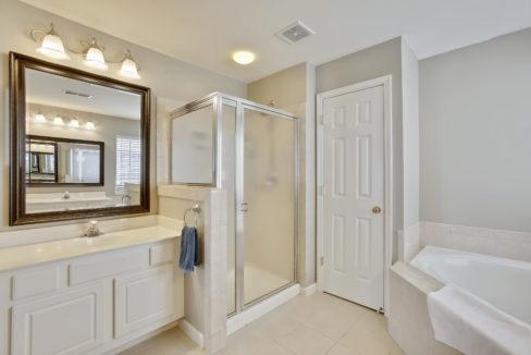 Upper Level-Master Bath-_99A6782