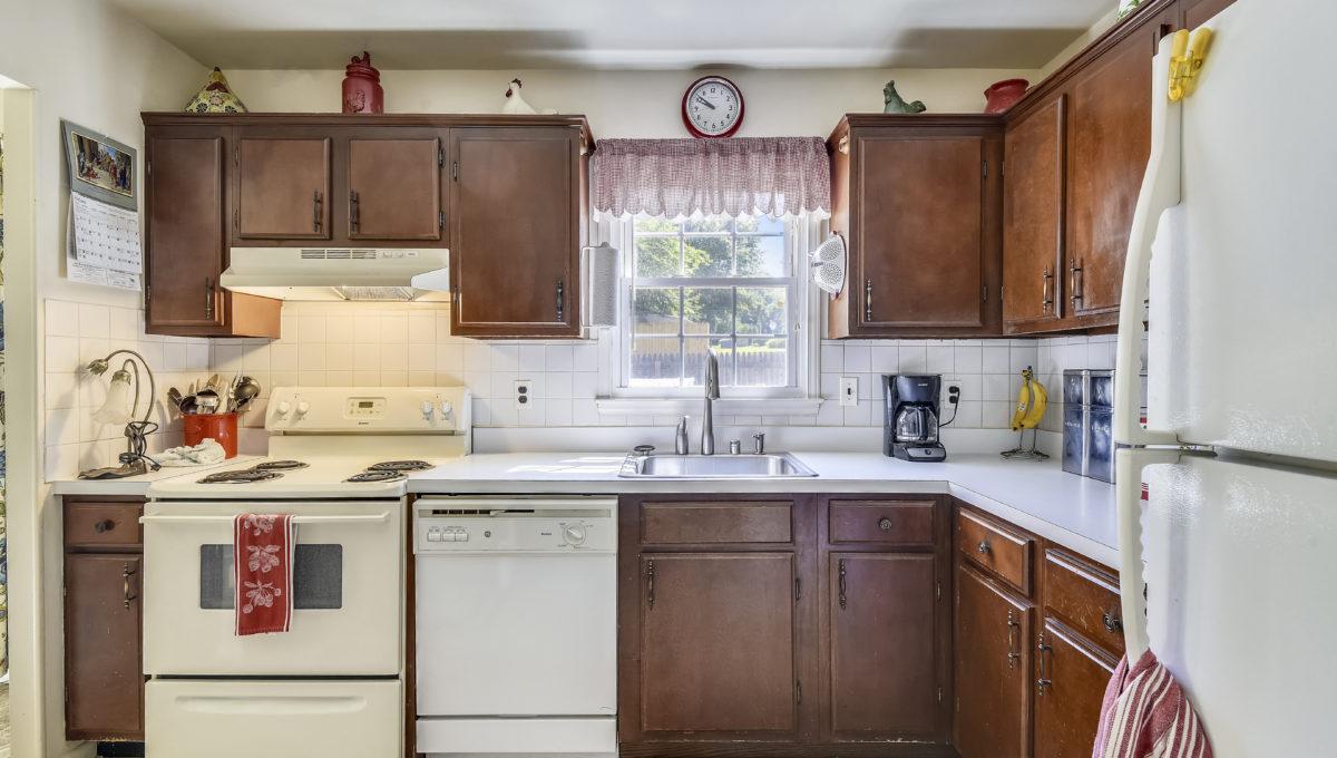 Main Level-Kitchen-_2047176 - Copy