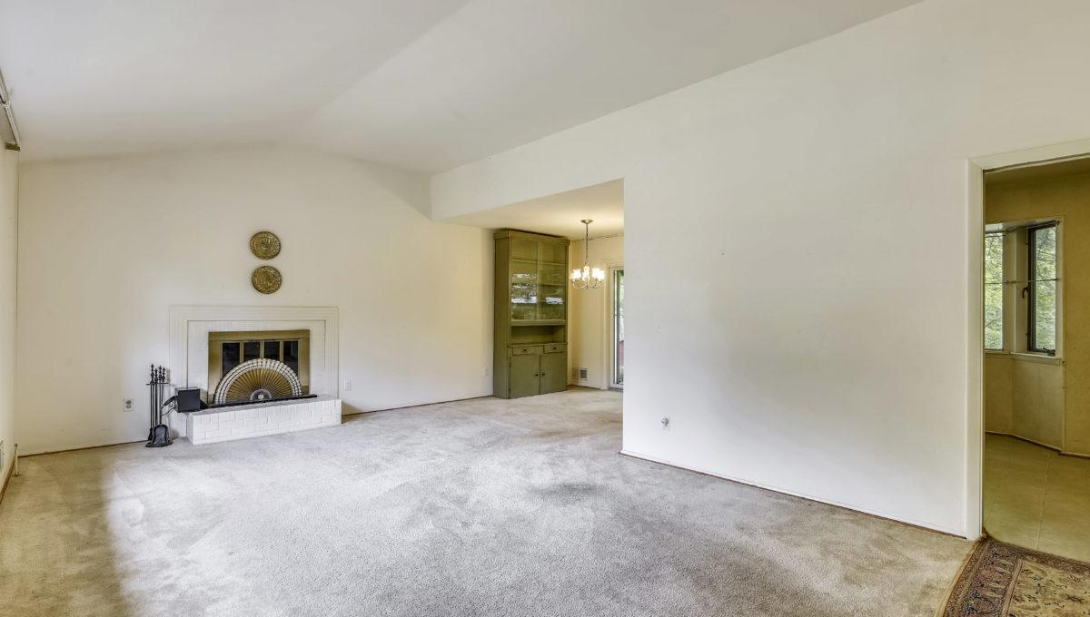 Main Level-Living Room-_KMR7581
